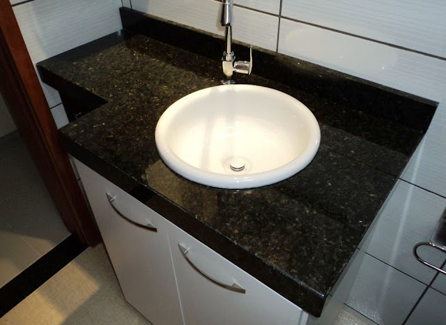 Construindo Minha Casa Clean Diferença Mármore x Granito x Marmoglass x Nano -> Banheiro Decorado Com Pia De Granito