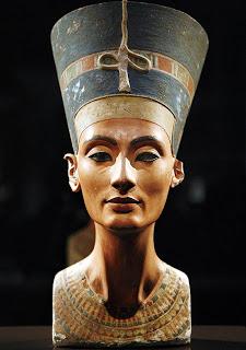 La divina cleopatra - 2 part 10