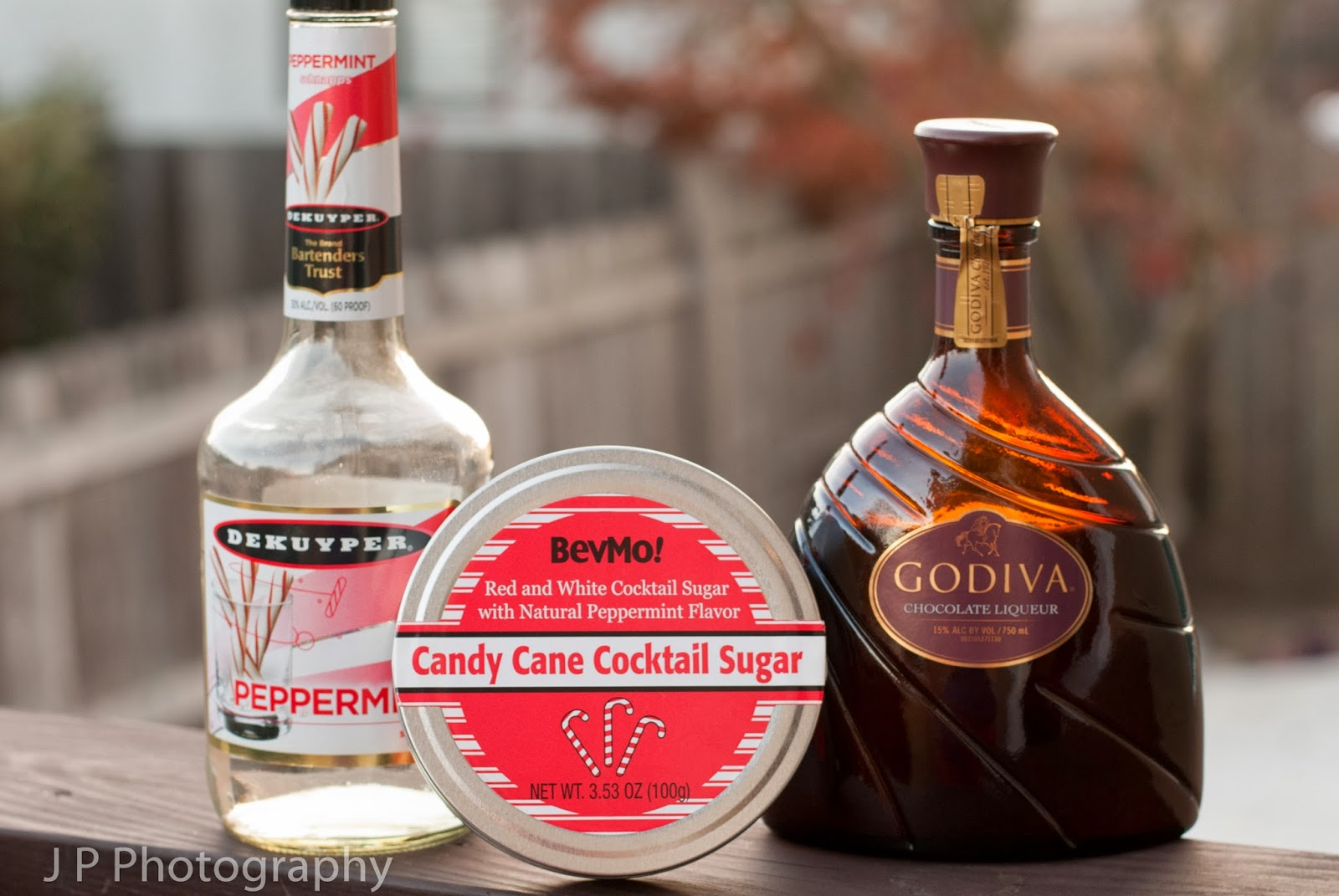mini chocolate candy cane, christmas cocktail, Godiva chocolate liqueur, prppermint schnapps, candy cane sugar