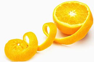 Cara memutihkan kulit dengan kulit jeruk