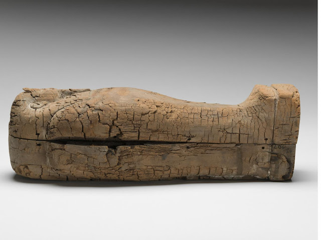 Youngest ancient Egyptian human foetus discovered in miniature coffin