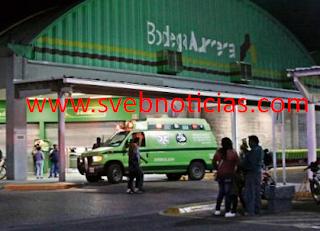 Hombres armados asaltan Bodega Aurrerá en puerto de Veracruz