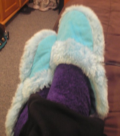 Fuzzy Slipper Fetish 98