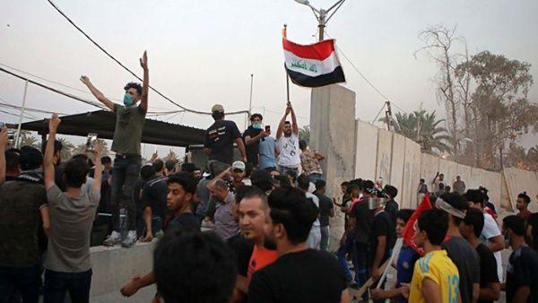 Parlamentarios iraquíes exigen renuncia de primer ministro