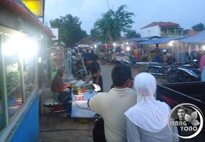FOTO : Pasar Malam, Desa Bendungan, Pagaden Barat, Subang