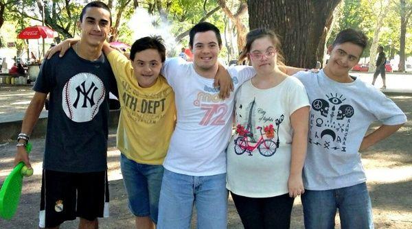 Asociación de síndrome de down argentina rechaza baja de pensiones
