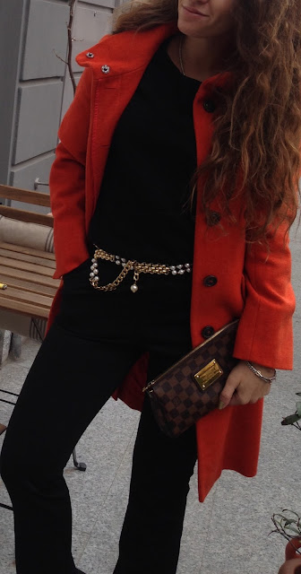 primo look MFW cappotto arancio e dettagli oro, settimana della moda milano, milan fashion week, autumn winter 16 17 , valentina rago, fashion need, blogger milan fashion week, blogger italia
