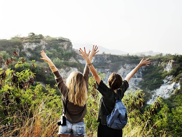Five Things To Consider When Traveling With Friends ~ #TravelTuesday