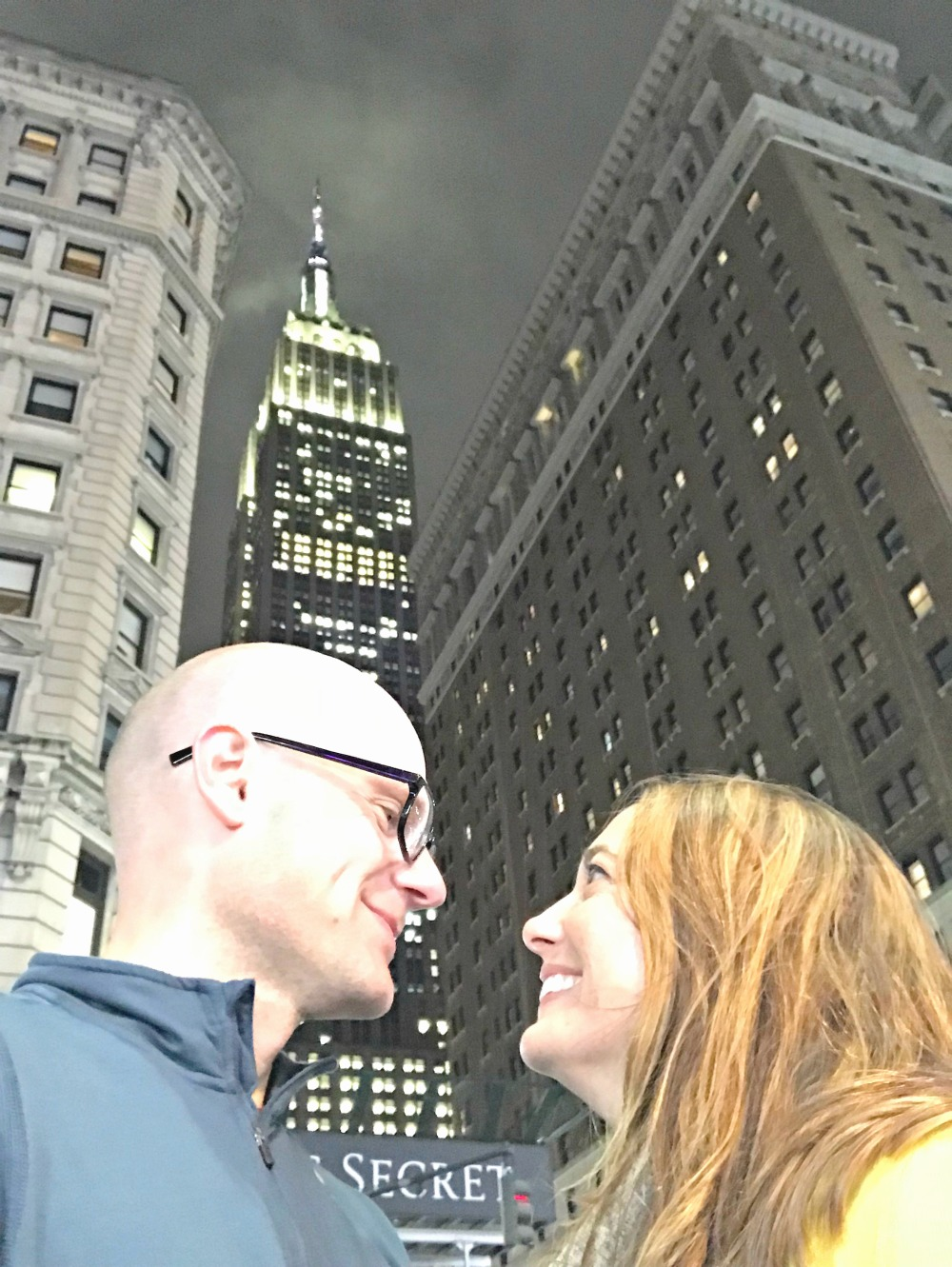 couple in front of the Empire State Building