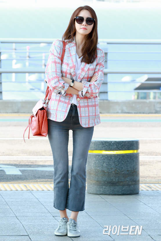 Snsd S Pretty Yoona Goes To China Snsd Oh Gg F X