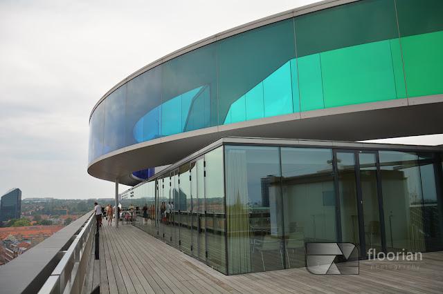 Panorama na szczycie muzeum ARos to jedna z największych atrakcji turystycznych Aarhus