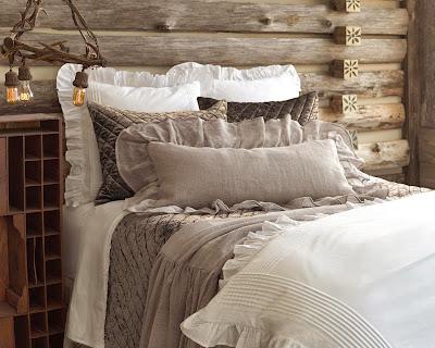 Romantic Bed Combining Velvet Linen And Cotton Bedding In