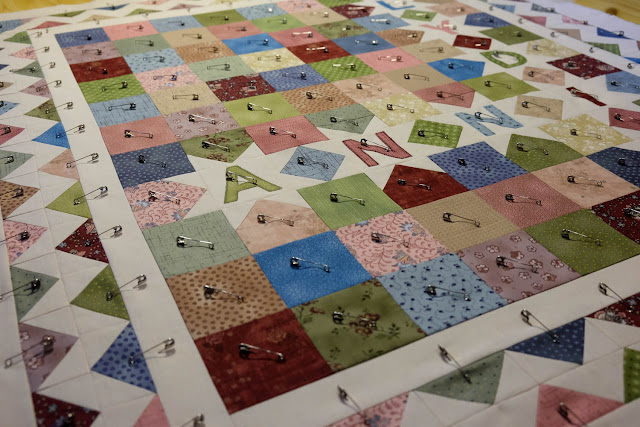 quilt basting with safety pins