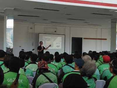 Ratusan Mitra Go-Jek Bandarlampung Mengikuti Training Safety Riding