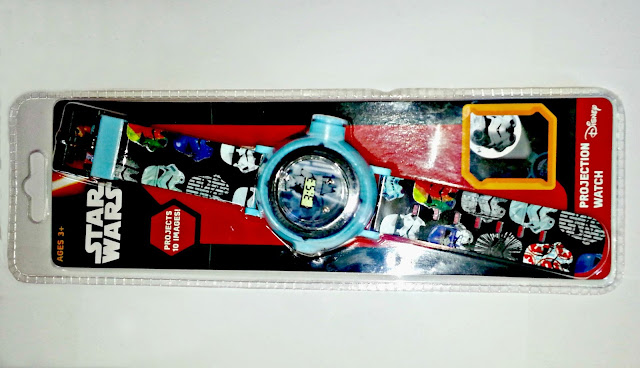 Star Wars projection watch, in plastic packaging.