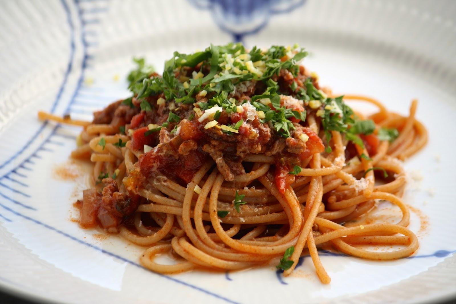 Spaghetti med kødsauce   TildeMa(d)