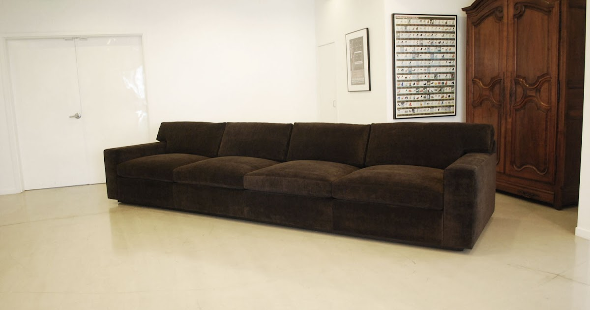Classic Design: Extra Long Sofa