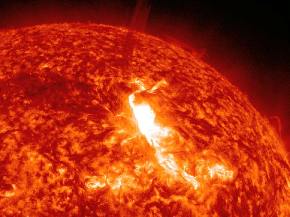solar flare 2012 misses earth - photo #6