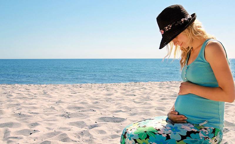 Beach Safety Tips for Pregnant Women
