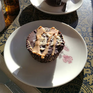 Myo Cafe peanut and chocolate butter cup