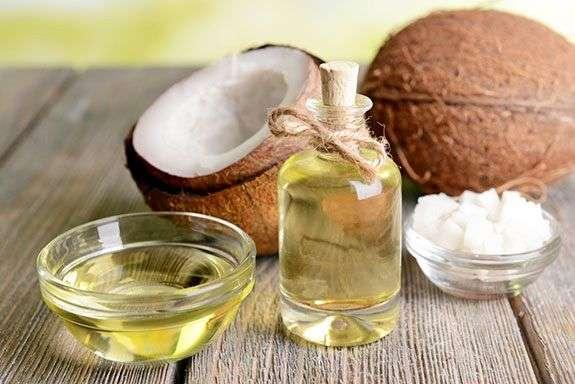 Công dụng tuyệt vời của dầu dừa cho trẻ sơ sinh