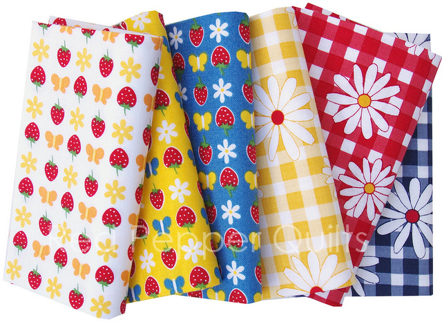Gingham Girls by Amy Smart for Penny Rose Fabrics | © Red Pepper Quilts 2017