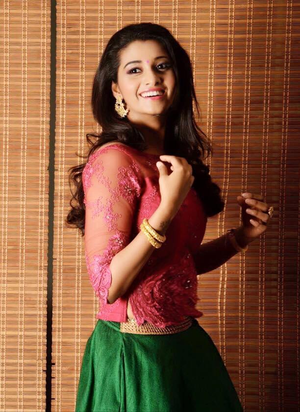Top 12 Cutest Pics Of Priya Bhavani Shankar  Trendtweaks-7054