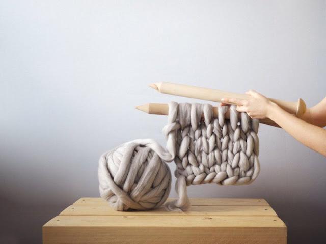 http://www.boredpanda.com/giant-chunky-knits-anna-mo/