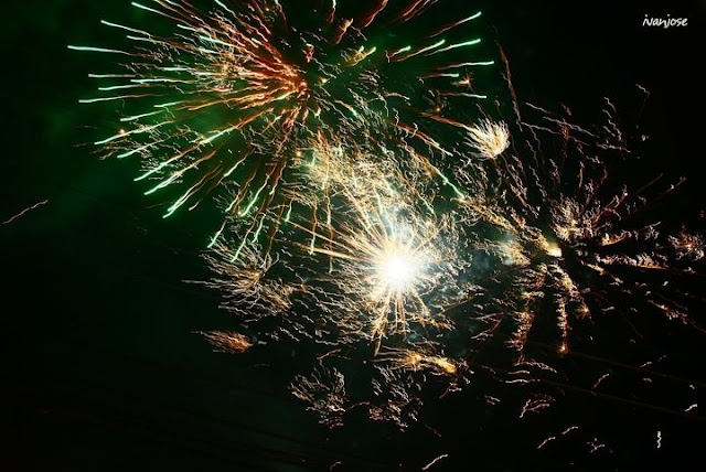 Fireworks to usher in the new year 2021 and say goodbye to the year 2020