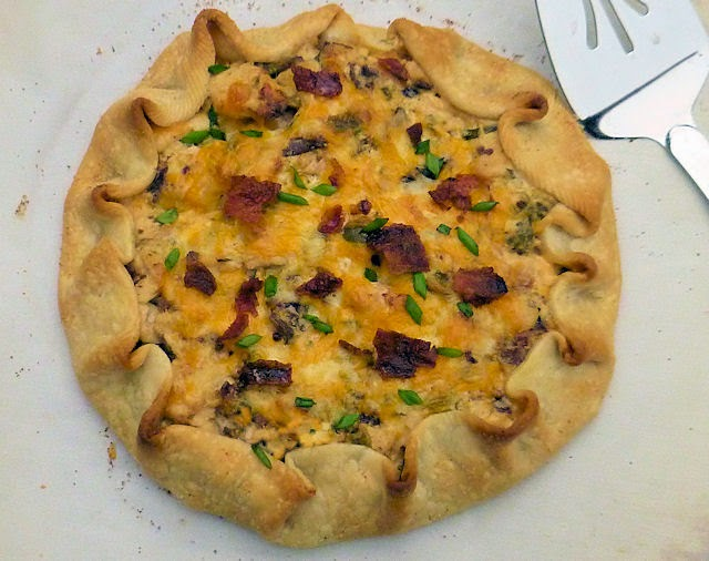 Chicken Jalapeno Popper Crostata