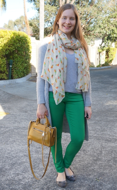 green jeans with yellow accessories SAHM style grey tee maxi cardigan mustard bag | away from blue