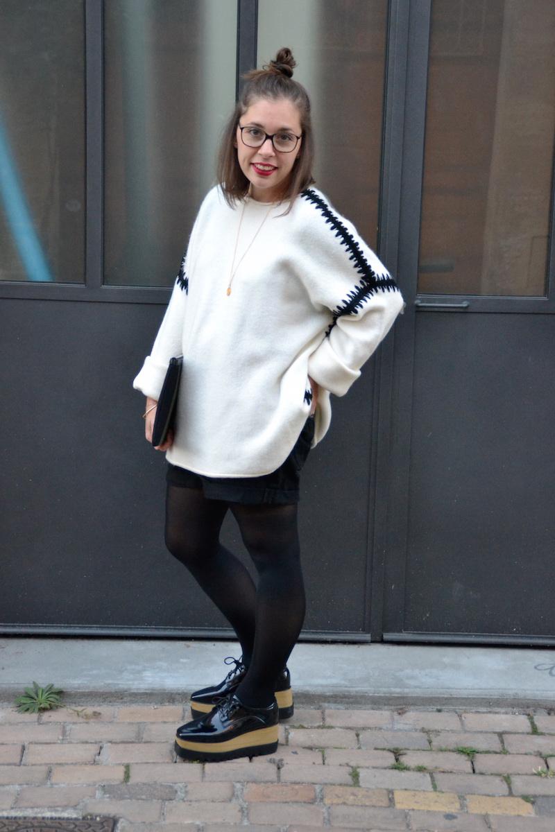 pull blanc zara couture noire, short noir Pimkie, derbie plateforme noire Smmydress, pochette Saint Laurent