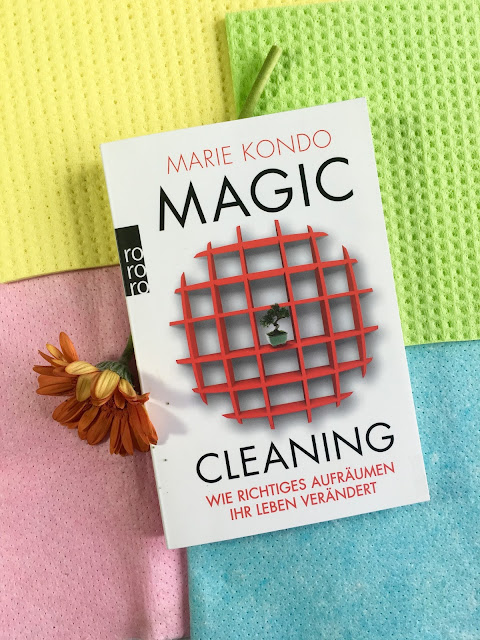 Magic Cleaning - Marie Kondo