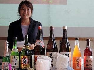 Diferentes sakes en sake x meshi