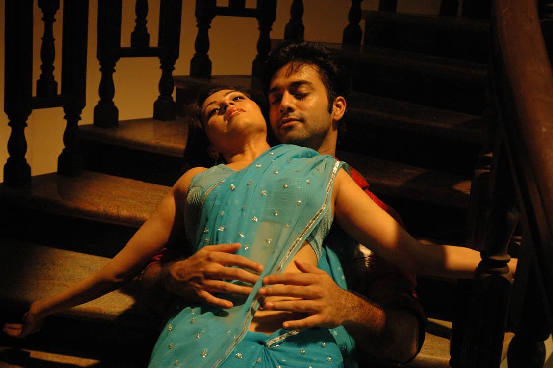 Telugu Movie Mythri Sada,Navadeep Up Coming Romantic Spicy -9865