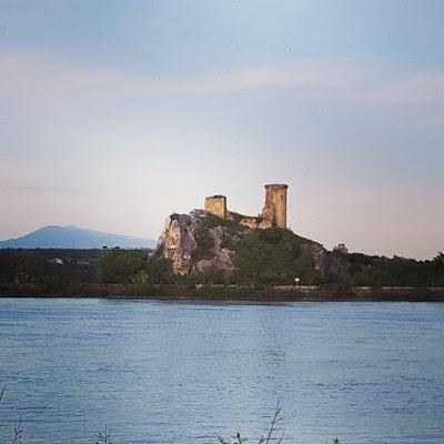 Provence Roquemaure Rhône Mont Ventoux Printemps Pensée positive Petits bonheurs