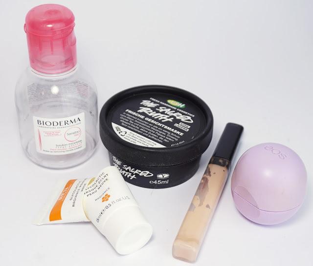 Aufgebrauchte Kosmetik - Jänner 2017 Bioderma, LUSH, REN, Maybelline, eos Lipbalm
