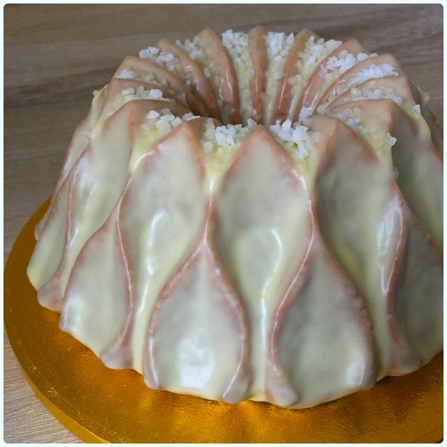 Limoncello Drizzle Cake