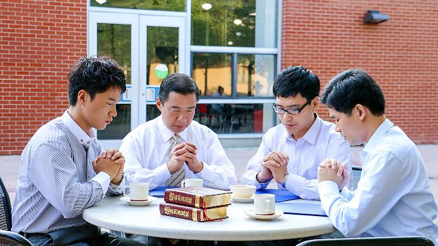 東方閃電|全能神教會|禱告圖片