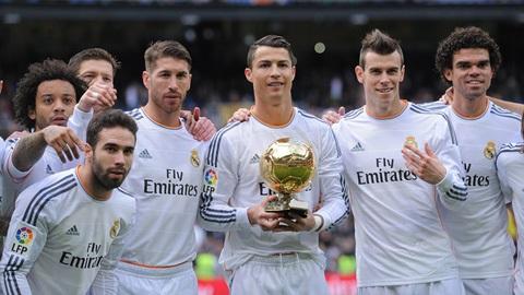 đội bóng hoàng gia Tây Ban Nha đã giành được 4 danh hiệu liên tiếp