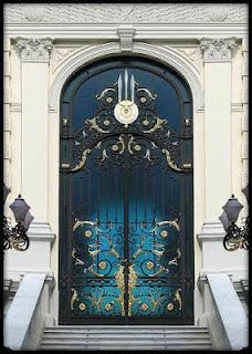 Pintu Besi Klasik, Pintu Besi Tempa, Pintu Antik