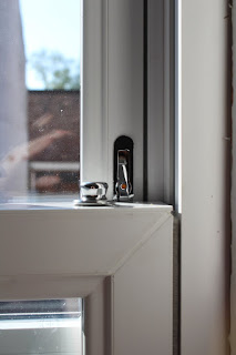 travel restrictors on upvc sash