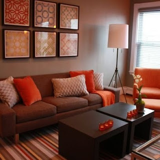 diseño sala naranja marrón