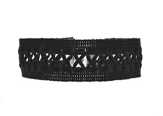 https://www.zaful.com/lace-criss-cross-choker-p_226753.html?lkid=12280887