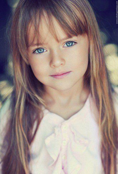 De grands r ves partager r ve 48 la petite fille aux yeux bleus - Fille yeux bleu ...