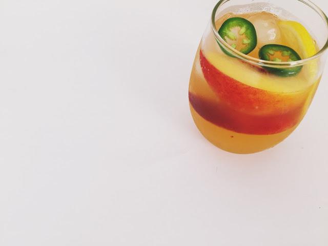 Eating Fabulously, Christopher Stewart, spicy peach lemonade, peach jalapeno lemonade, lemonade recipe