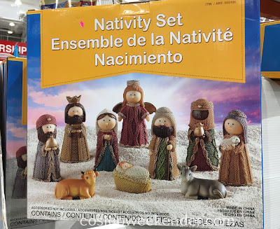 Decorate your home during Christmas with the Nativity Set (11 pieces)