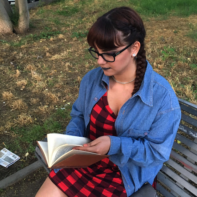 grunge outfit tumblr zairadurso zaira d'urso fashion's obsessions fashion blog black red lady gaga labbra nere ear plug dilatatori bang frangetta red hair capelli rossi vintage H&M accessorize