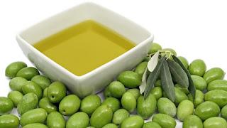 aceite y olivas