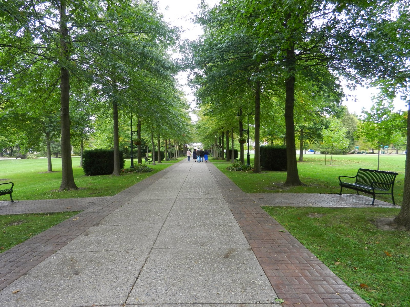 park walks in LeClaire Illinois